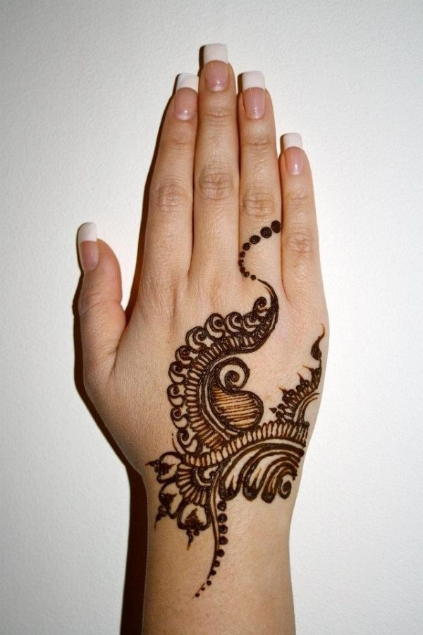 Cute Henna Designs: Simple And Cute Mehndi Design!