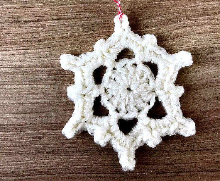 Crochet snowflake pattern | DIY y manualidades | Pinterest
