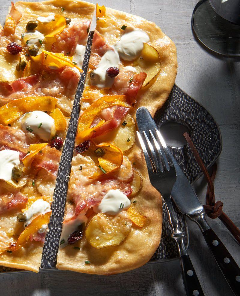 K rbis kartoffel flammkuchen rezept unsere liebsten k rbis rezepte pinterest pizza - Flammkuchen belag ideen ...
