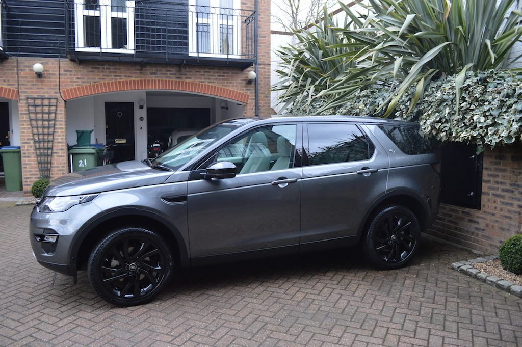 corris with black pack Land rover discovery sport