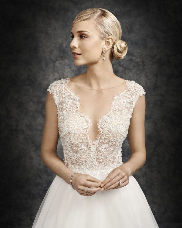 Wedding dresses in Clovis