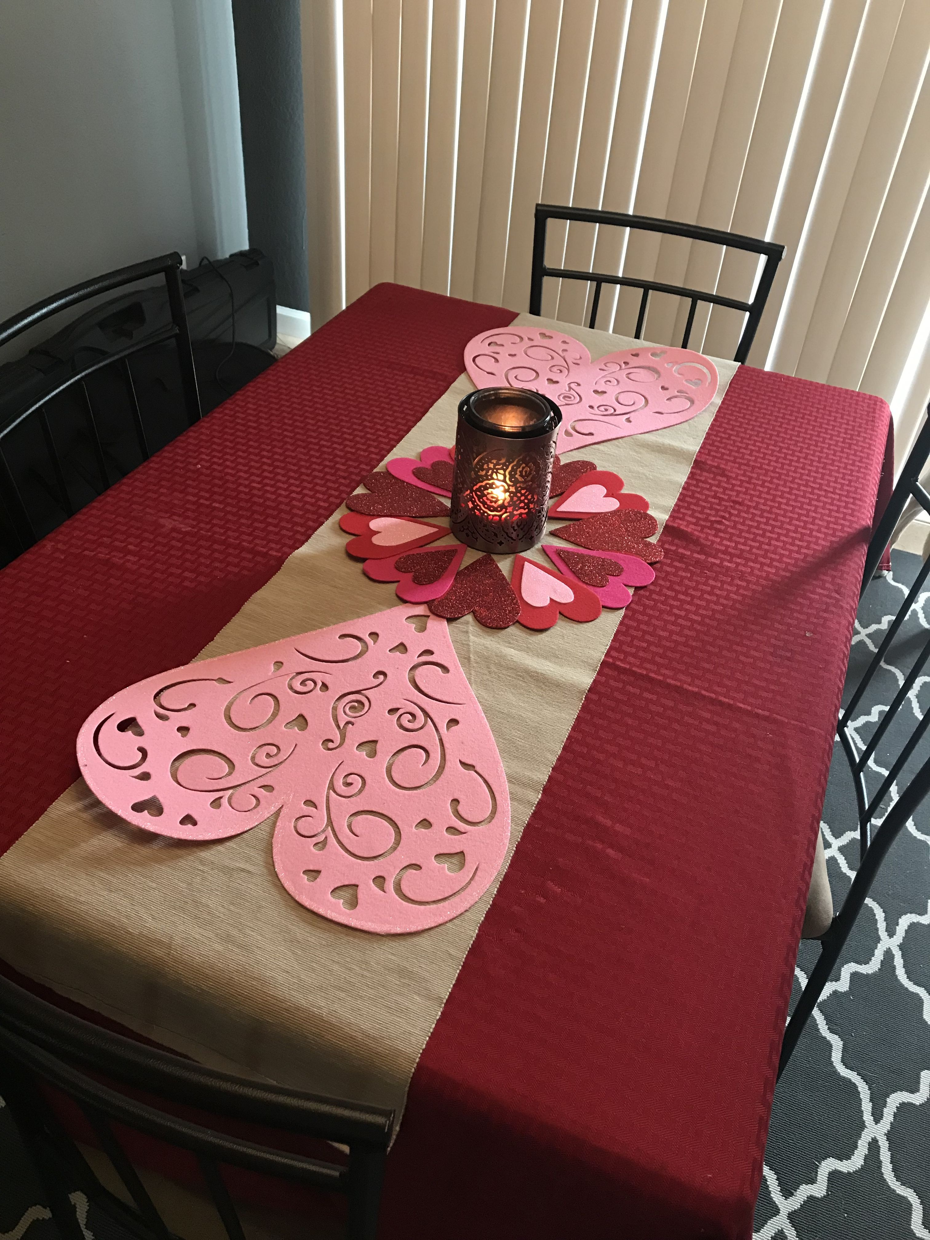 Valentine S Day Table Runner With Dollar Store Decor Diy
