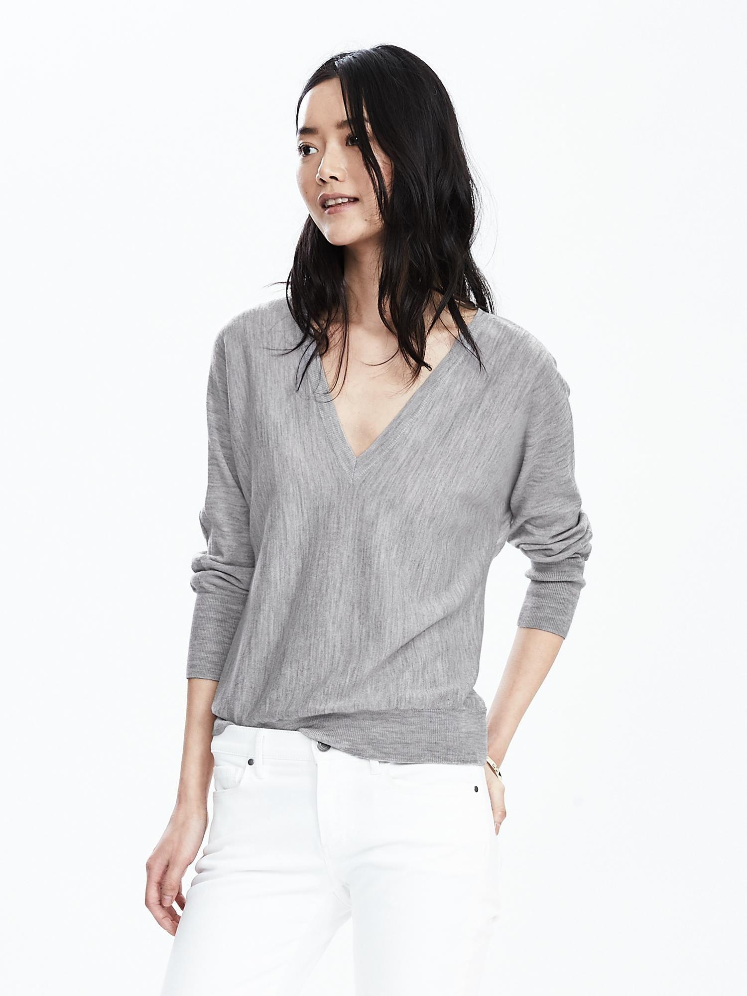 Double Vee Merino Wool Sweater | Banana Republic