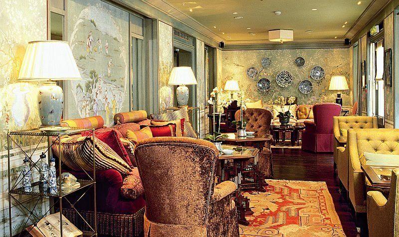 Classic Home Decor classic home interior design living rooms | classic home decor