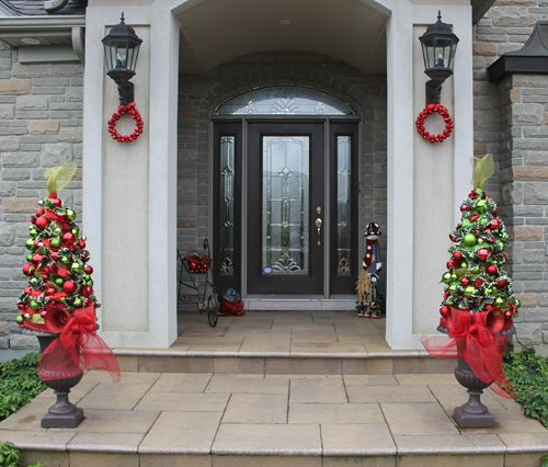 Decorating With Urns Christmas Edition