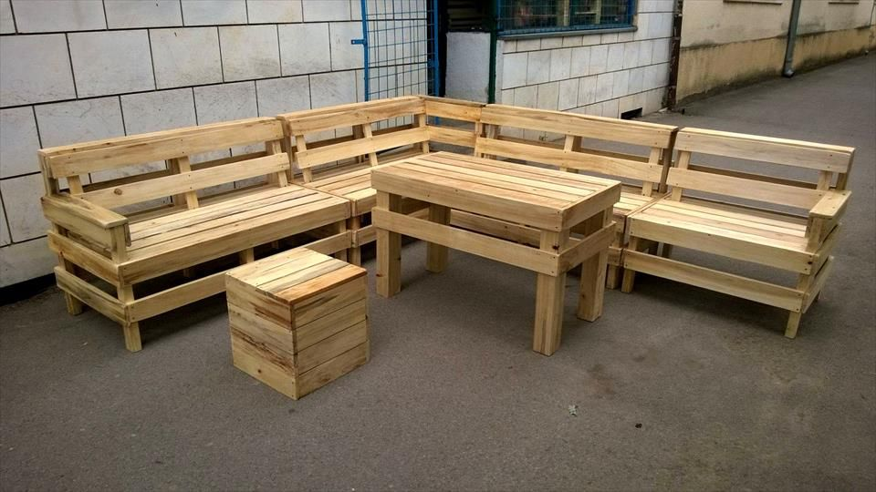 Diy Pallet Patio Or Outdoor Furniture Set Pallet Furniture Outdoor Pallet Patio Furniture Diy Outdoor Furniture