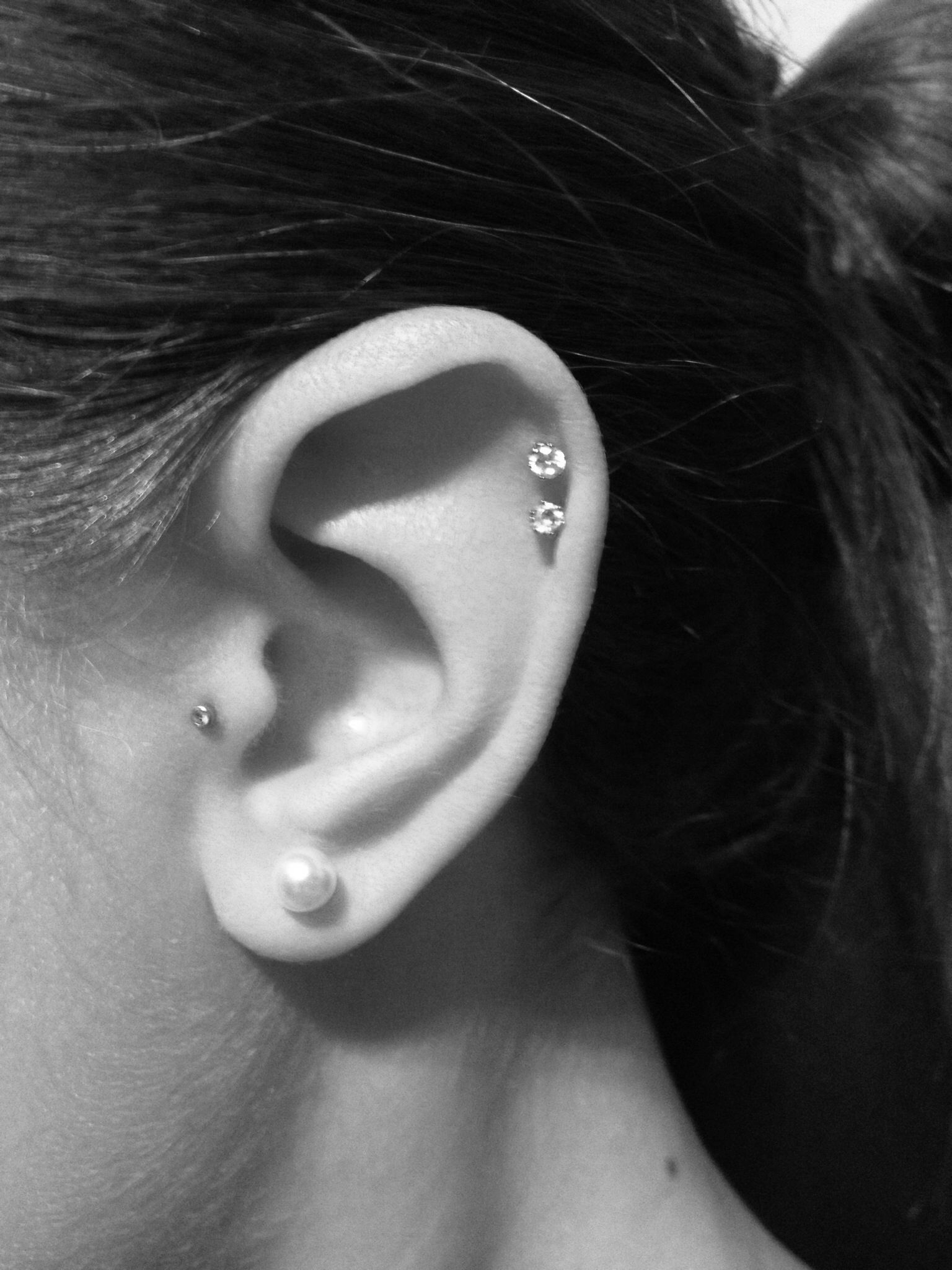 Double Cartilage Piercing Tragus Piercing