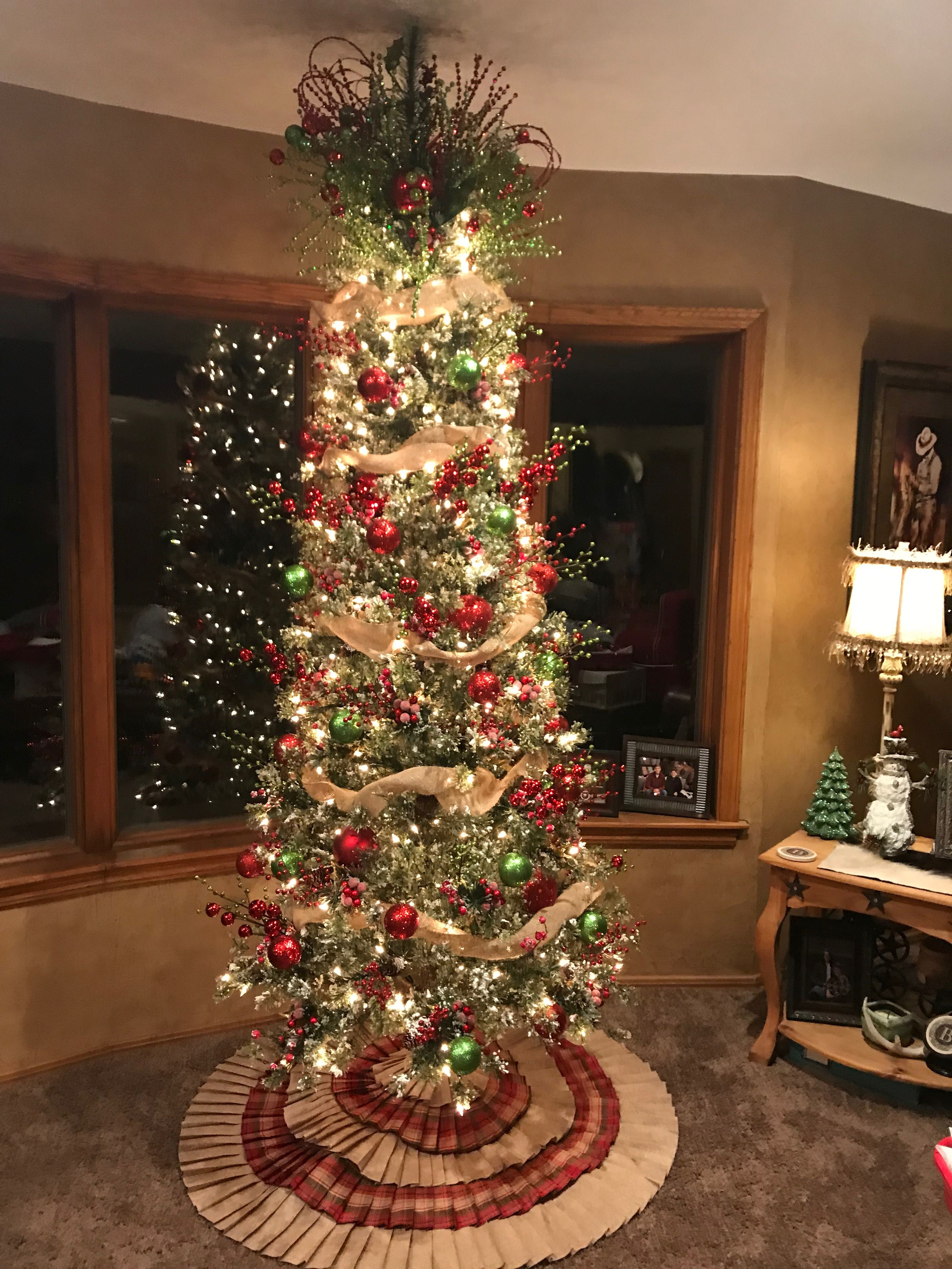 Country Christmas Background.Country Christmas Tree Holidays Country Christmas Trees