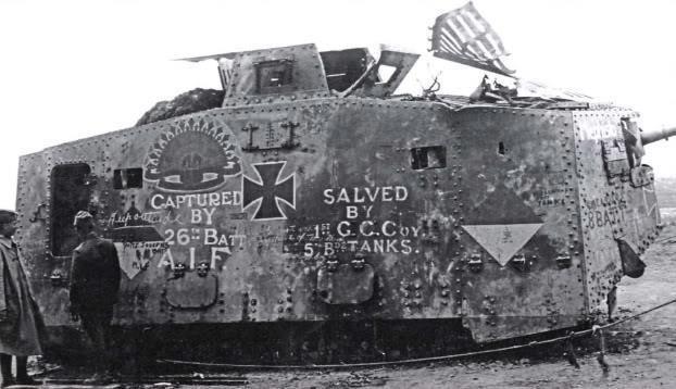 WW1 tank | Erster weltkrieg, Gepanzerte fahrzeuge, Panzer