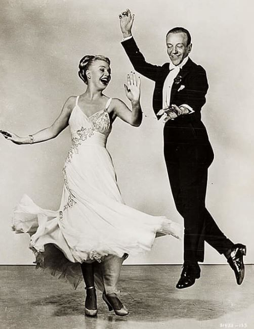 The Barkleys Of Broadway 1949 Fred Astaire Ginger Rogers Couple Dancing