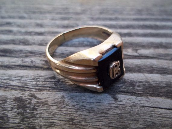 10k Black Onyx Signet Ring Initial G  Size 8 by TheEclecTiqueRaven