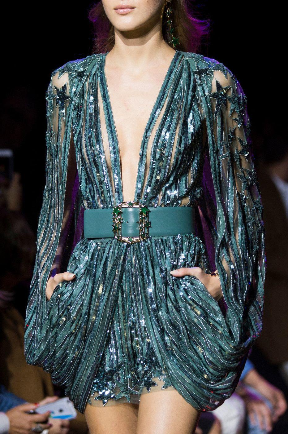 Elie Saab at Paris Fashion Week Spring 2017   Perlen und Mode