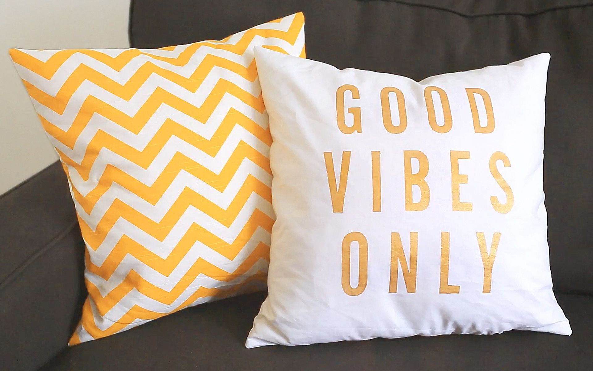 Diy Pillow Cases How To Screen Print Your Own Text And