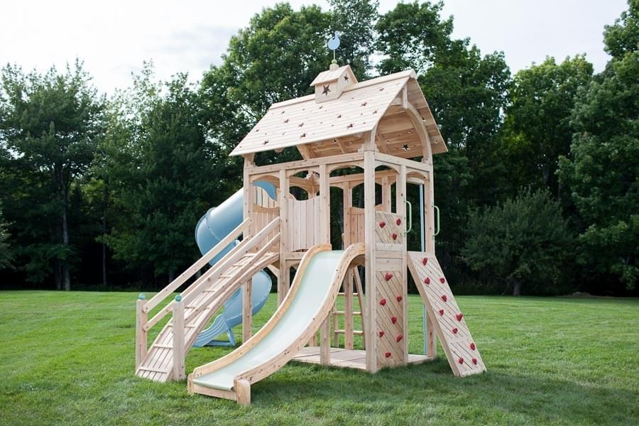 Serendipity 419 Wood Swing Set And Outdoor Playset Cedarworks Playsets Playset Outdoor Swing Set Wooden Swing Set