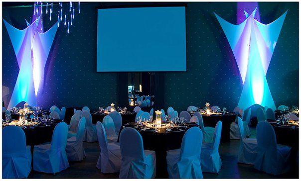 Podes armonizar o sincronizar los colores de acuerdo a tu gusto y/o temática de tu fiesta.