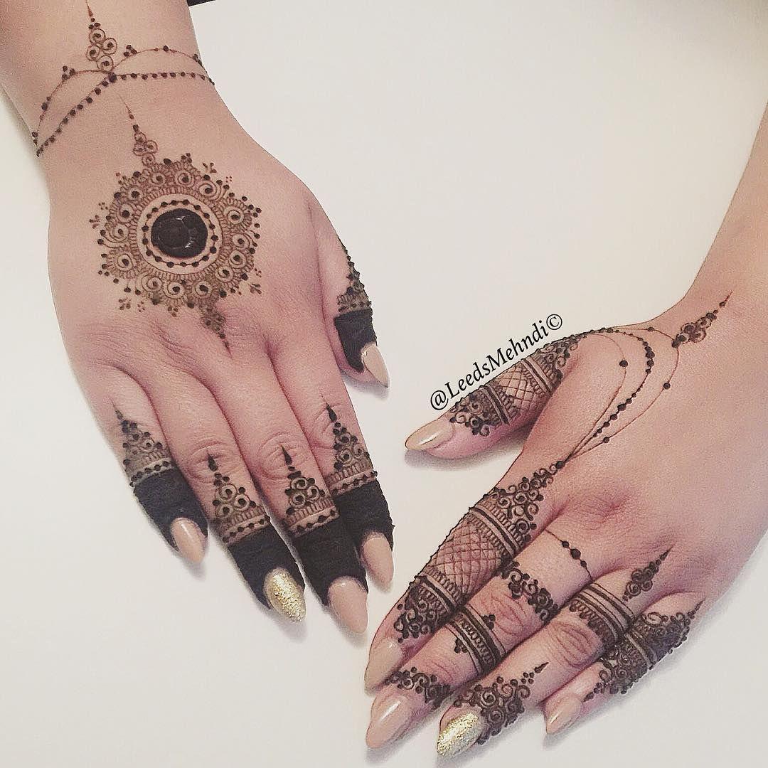 henna by leedsmehndi mandala design traditional circle mehndi pinterest hennas and mehndi. Black Bedroom Furniture Sets. Home Design Ideas