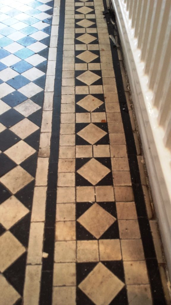 Black And White Chequer Victorian Tiles Cardiff Before 125422g