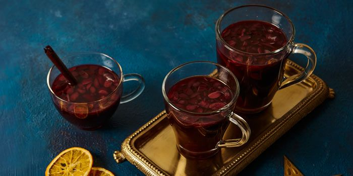 Top 10 warming drinks for your flask #bonfirenightfood