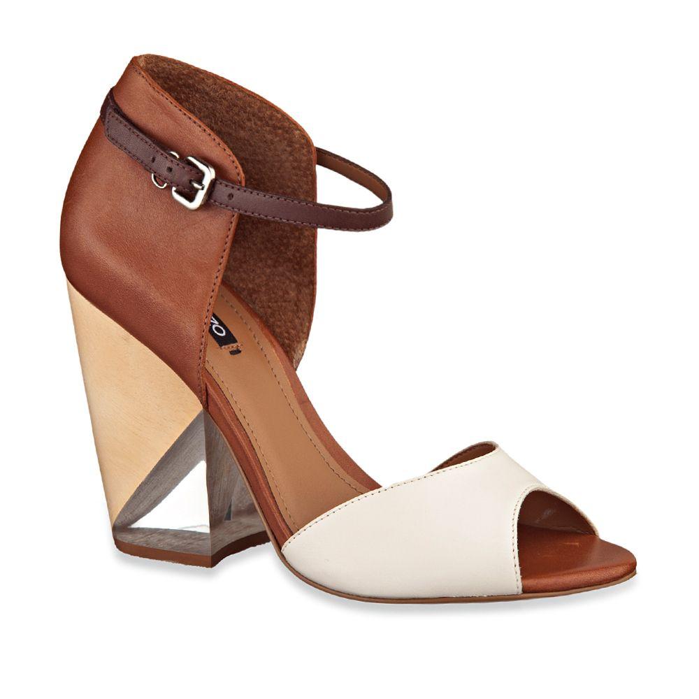d8fdaa122 Pin by charo fajardo on zapatos in 2019 | Sapatos, Sapatos prada, Saltos