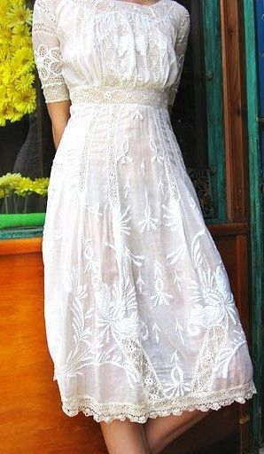 Very Pretty Perfect Lace Dress For A Rehearsal Dinner I Would Love To Wear An Ivory