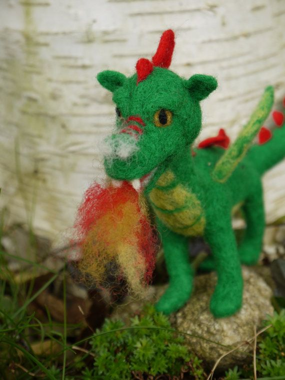 needle felted dragon, waldorf dragon, felt green dragon, felted fairytale dragon, green dragon, miniature dragon, fairytale sculpture #feltdragon