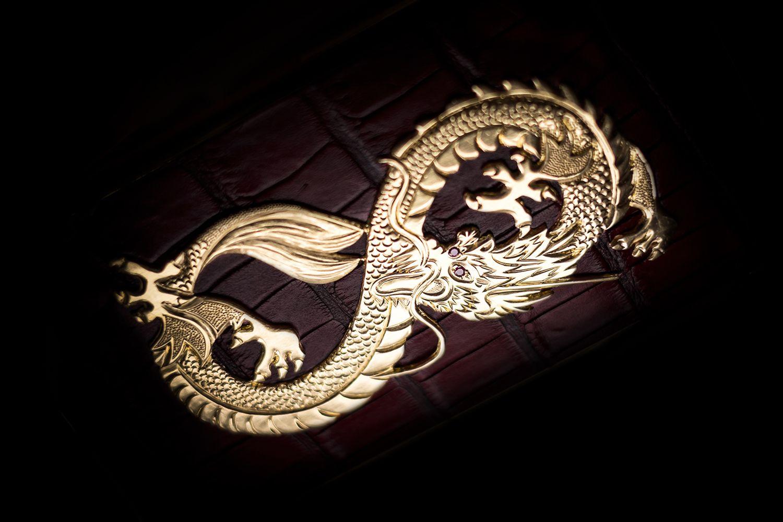 golden-dreams-geneva-masterpieces-dragon-red-01.jpg