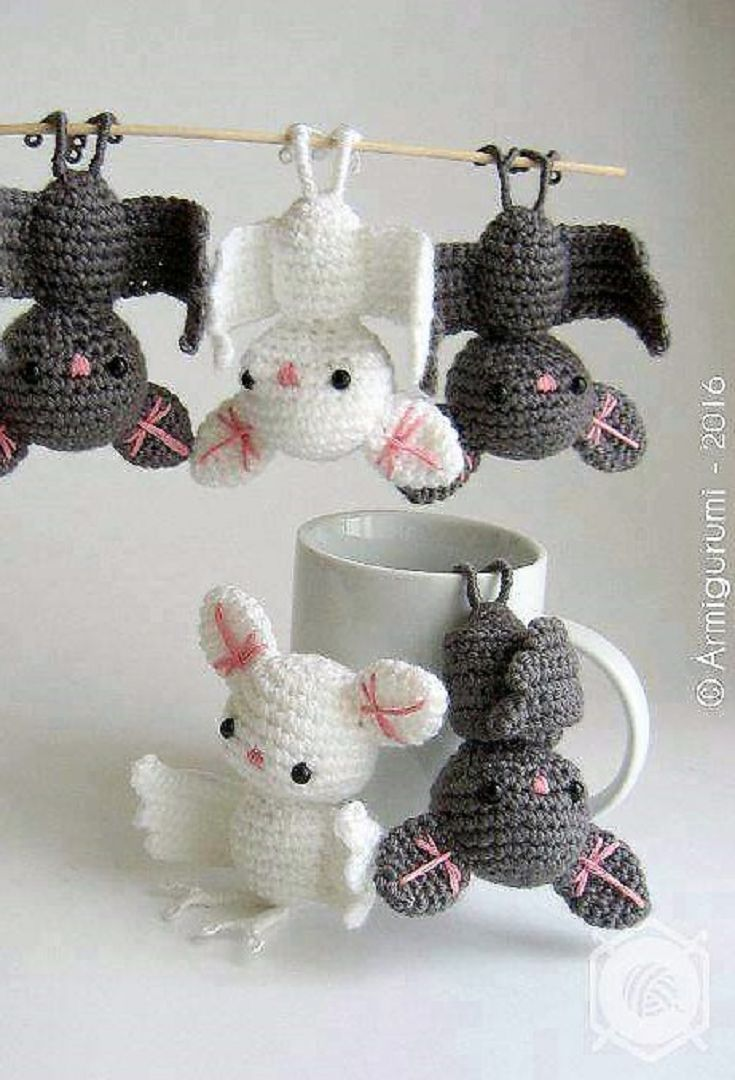 Crochet These Widely Admired Amigurumi Bat - It Will Get You Lots Of ...