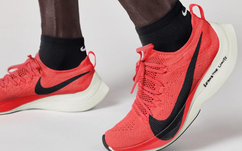 Nike Vaporfly Elite - Nike usado para quebrar recorde de maratona está à  venda. Mas para poucos 1f5558c2776