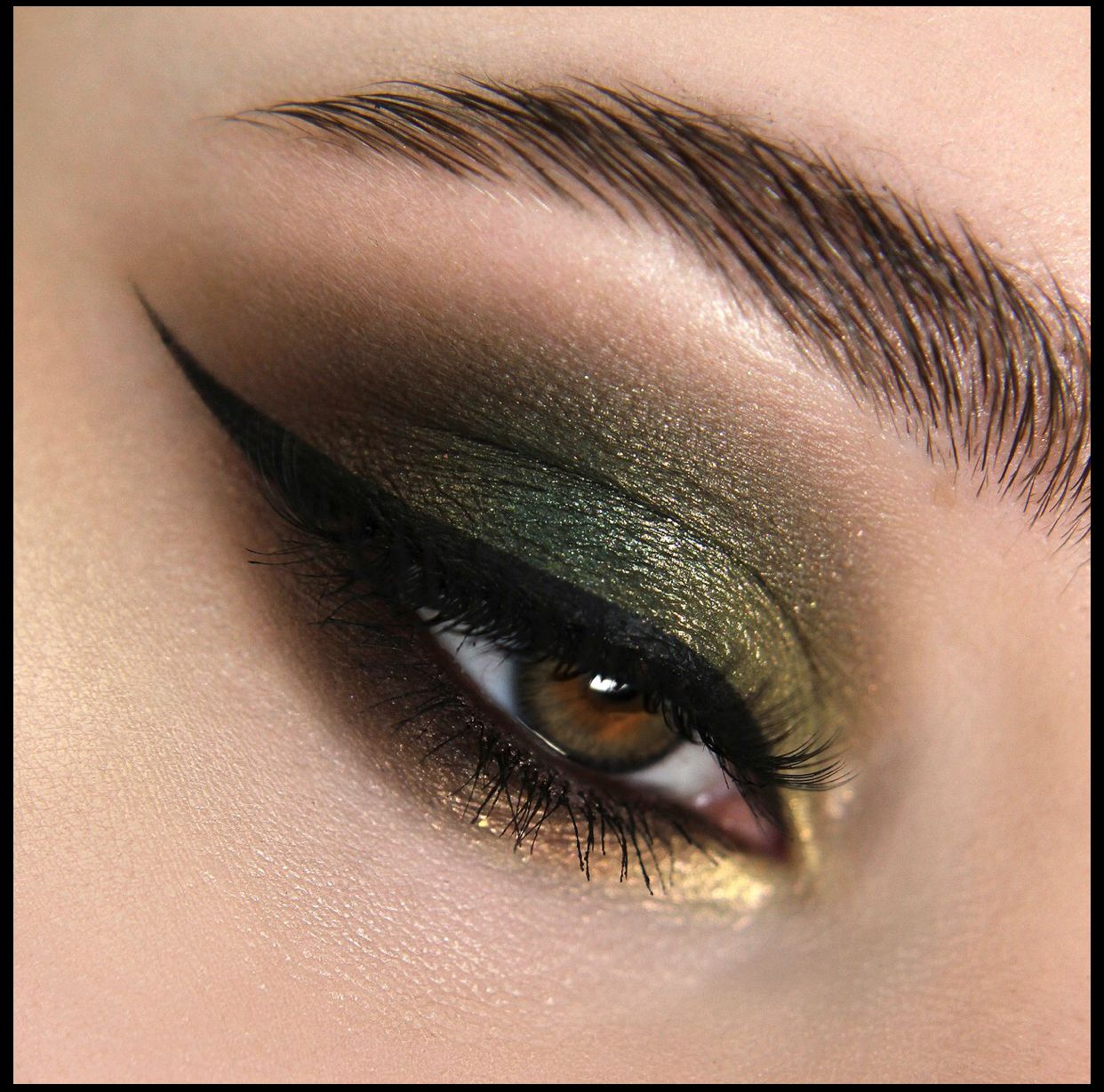 Malachite - Dream Island Collection, Miss Makeup Loose Eyeshadow - vegan mineral pigment, 2 ml.
