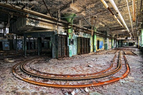 Packard Plant, abandoned