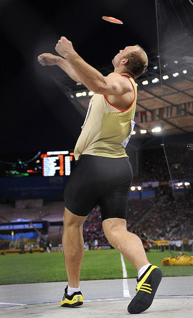DISCUS THROW - Great Release Form Robert Harting of Germany - image release form