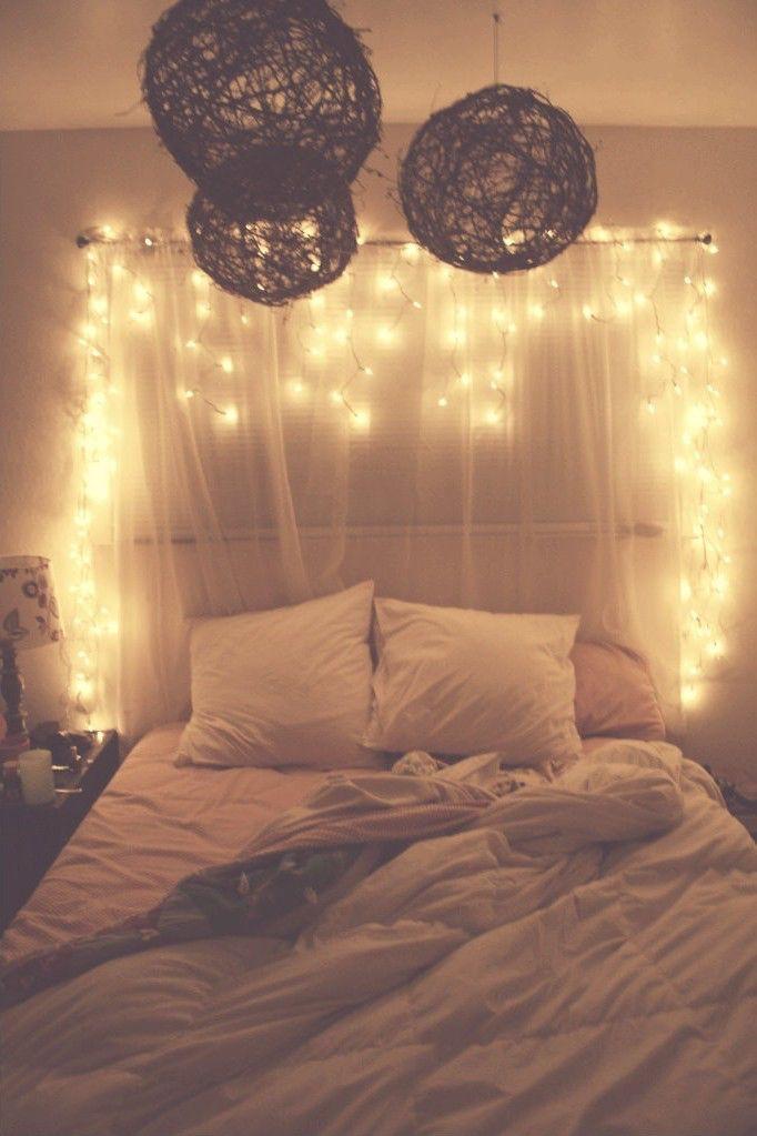 Lieblich Schlafzimmerlicht, Schlafzimmerbeleuchtung, Schlafzimmerdeko, Schlafzimmer  Ideen, Weihnachtsbeleuchtung Im Schlafzimmer, Hängende Weihnachtsbeleuchtung,  ...