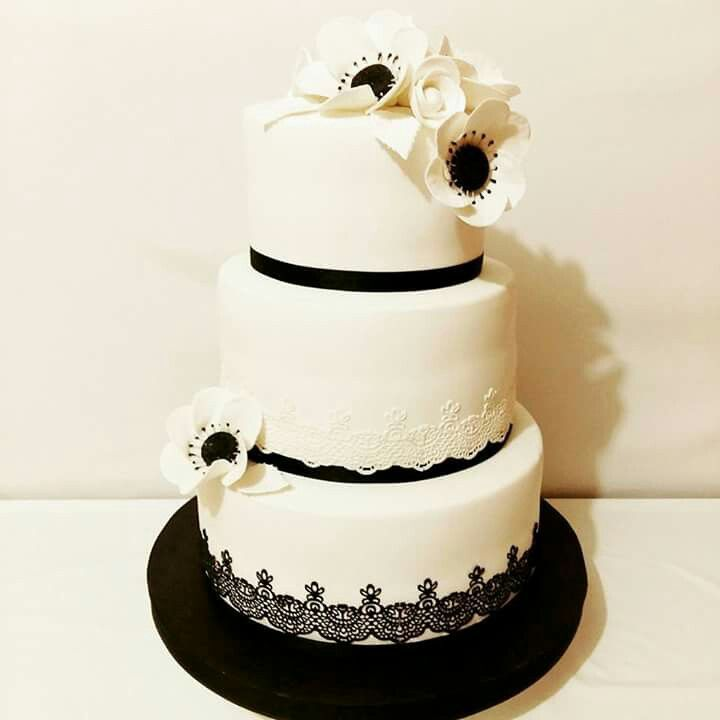 Black And White Cakes Images