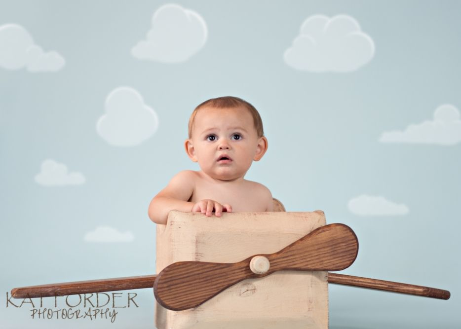 First Year Baby Portraits Cake Smash and Airplane Kat Forder - Maryland family photographer