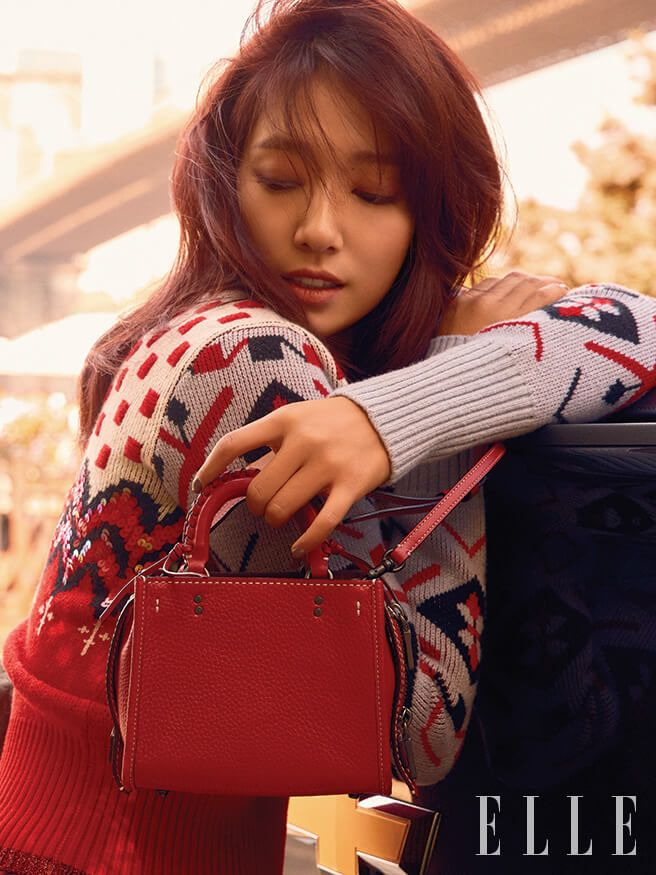 Park Shin Hye Flaunts Coach 1941 Handbag Line In New Elle Pictorial Park Shin Hye Park Korean Actresses