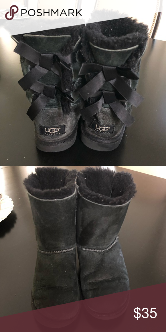 Girls UGG boots UGG boots, used but in good condition Black suede, no stains. UGG Shoes #uggbootsoutfitblackgirl Girls UGG boots UGG boots, used but in good condition Black suede, no stains. UGG Shoes #uggbootsoutfitblackgirl