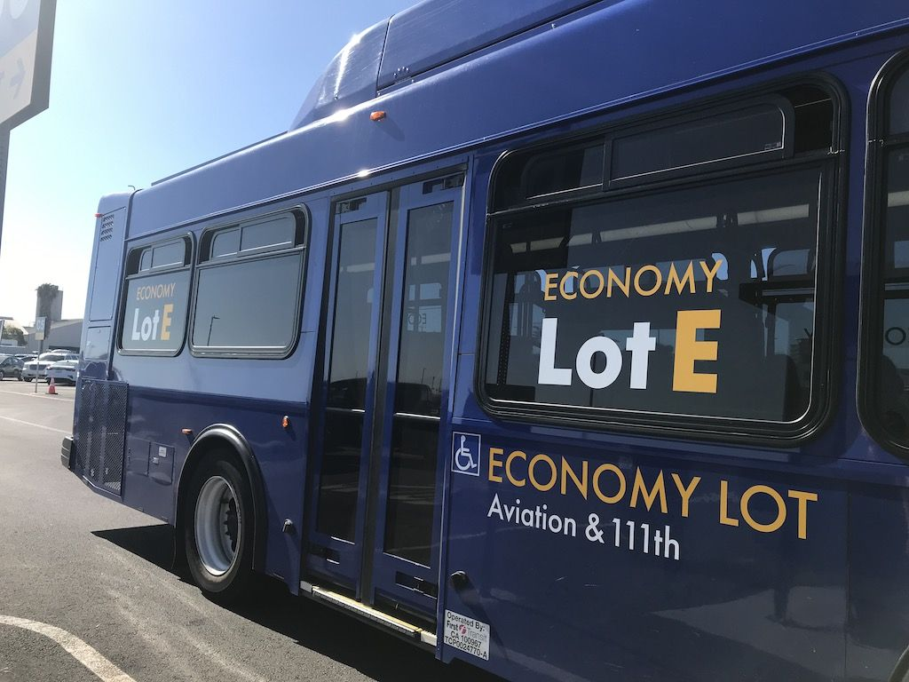 Economy Lot E Lax Shuttle In 2020 Economy Los Angeles Airport Airport Parking
