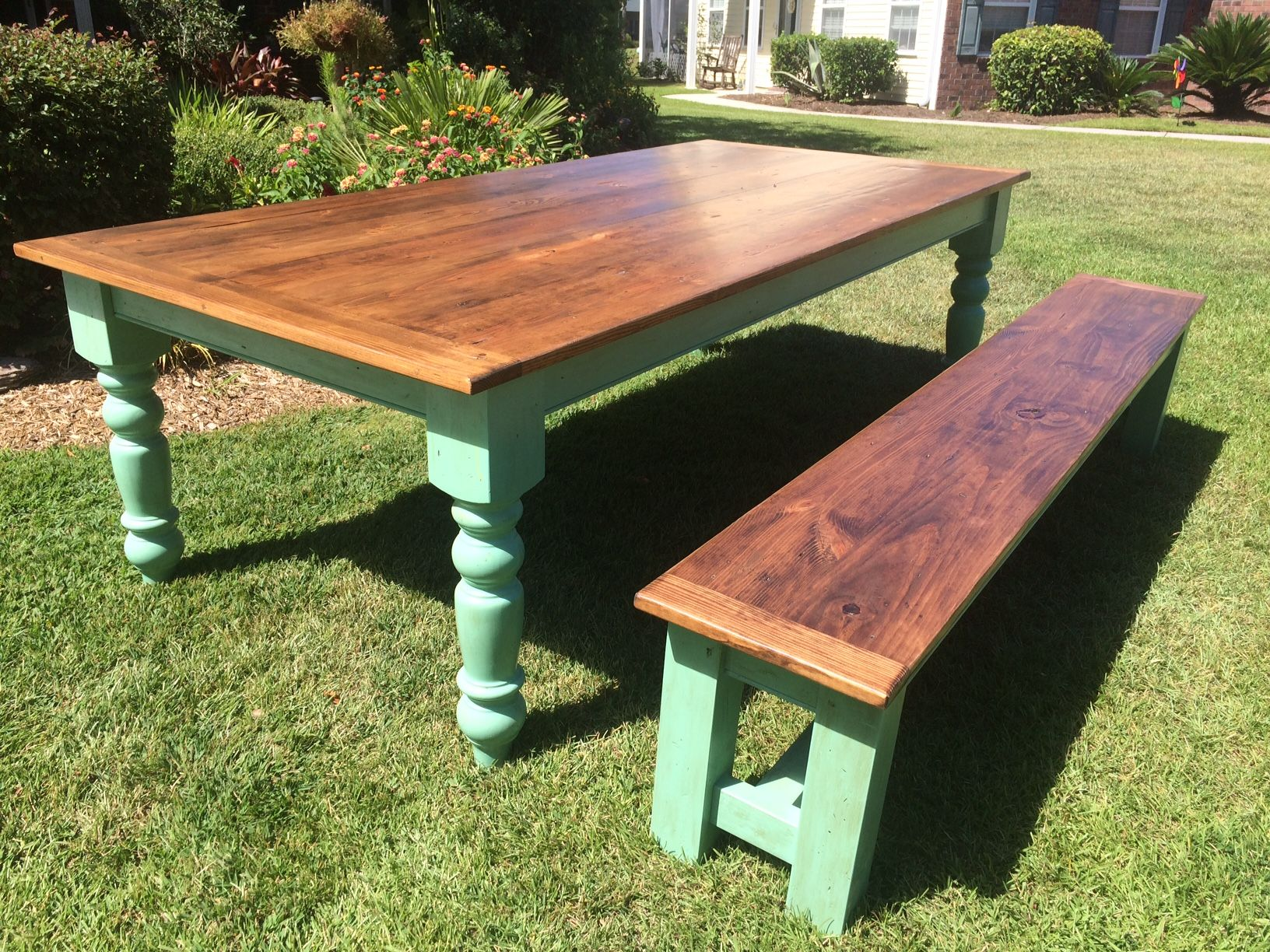 farmhouse table and bench legs