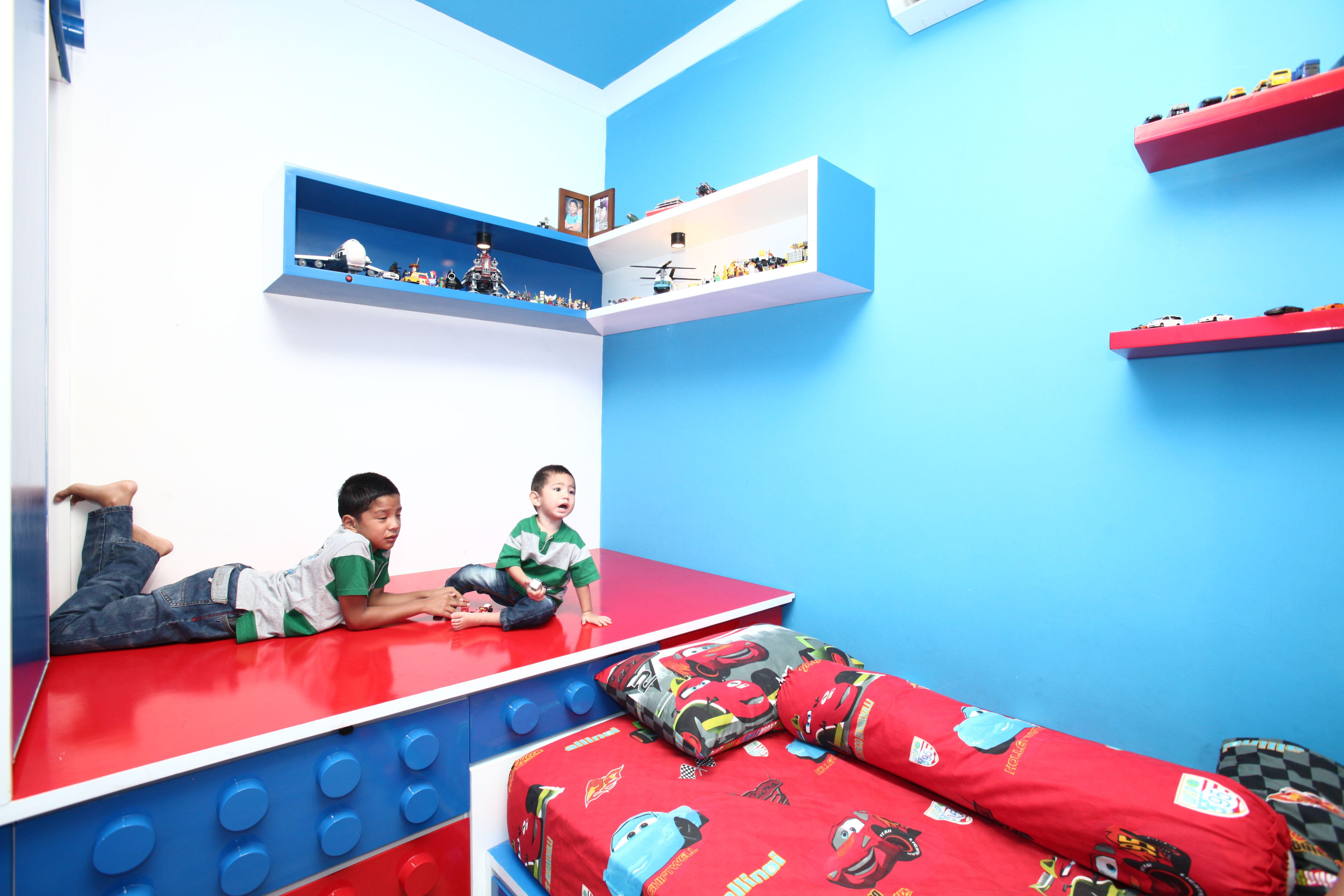 Dekorasi kamar anak bertema mainan dan karakter kartun ...