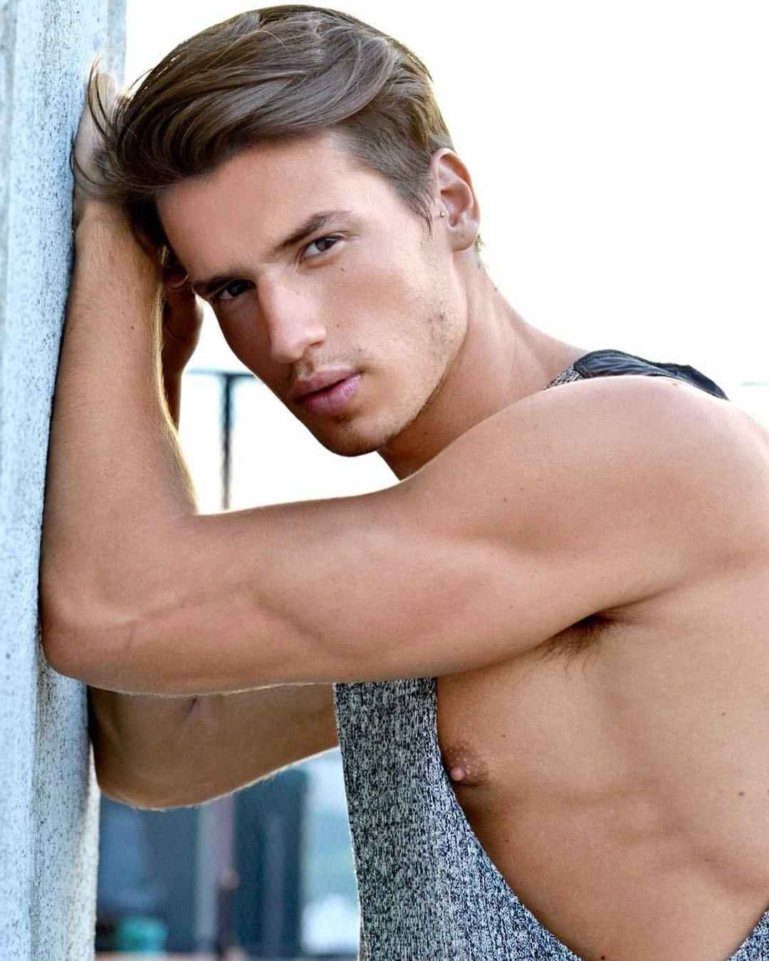Malemodelspotlight goes to u brazilian hotguy brunoendler