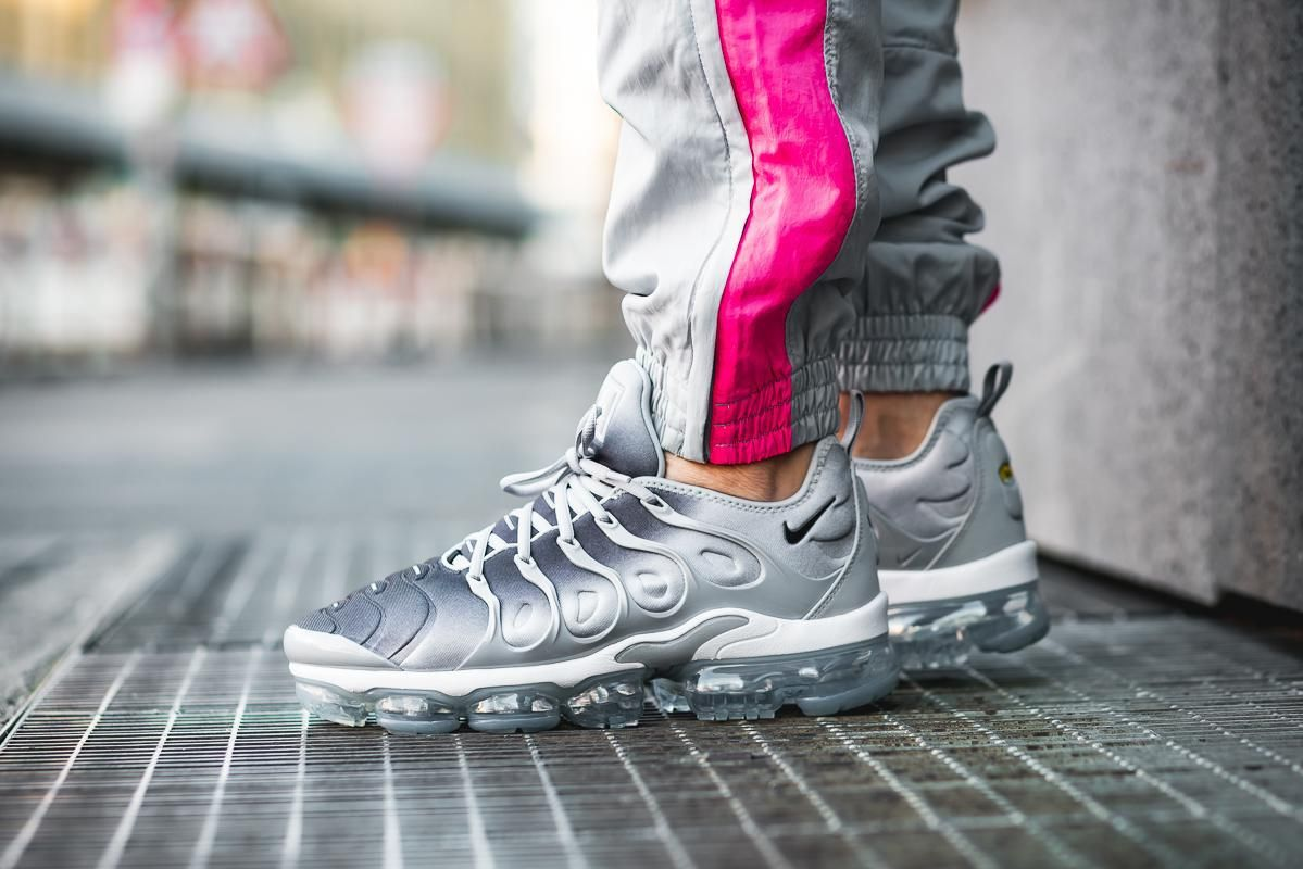 147b65ff0b Nike Air VaporMax Plus