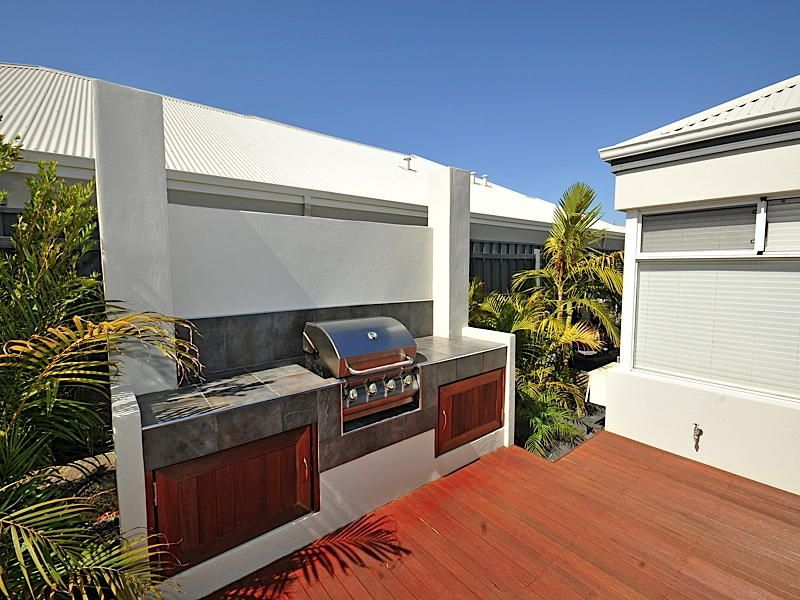 Outdoor living ideas outdoor area photos outdoor for Outdoor kitchen ideas australia
