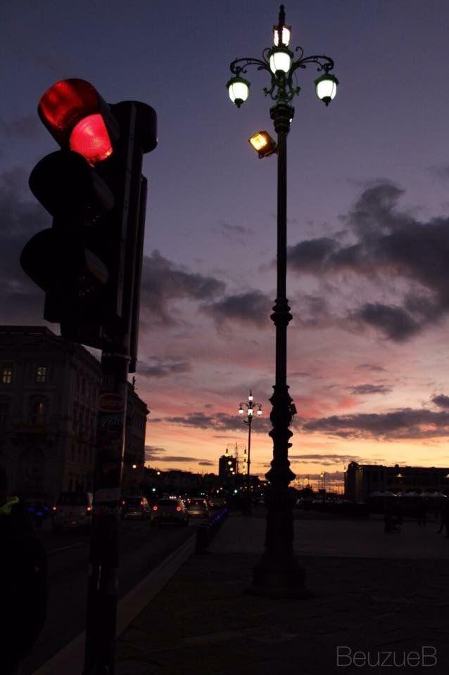 White Street Lamp Red Traffic Light And Purple Sunset Red Traffic Light Red Street Purple Sunset