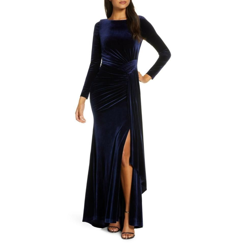 Vince Camuto Navy Blue Draped Ruched Sash Velvet Gown Long Night Out Dress Size Petite 4 S 42 Off Retail In 2021 Velvet Bridesmaid Dresses Velvet Dress Short Long Sleeve Velvet Gown [ 960 x 960 Pixel ]
