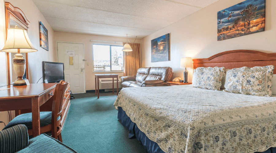 5 Reasons Our Pigeon Forge Hotel Rooms Are Perfect For Your Solo
