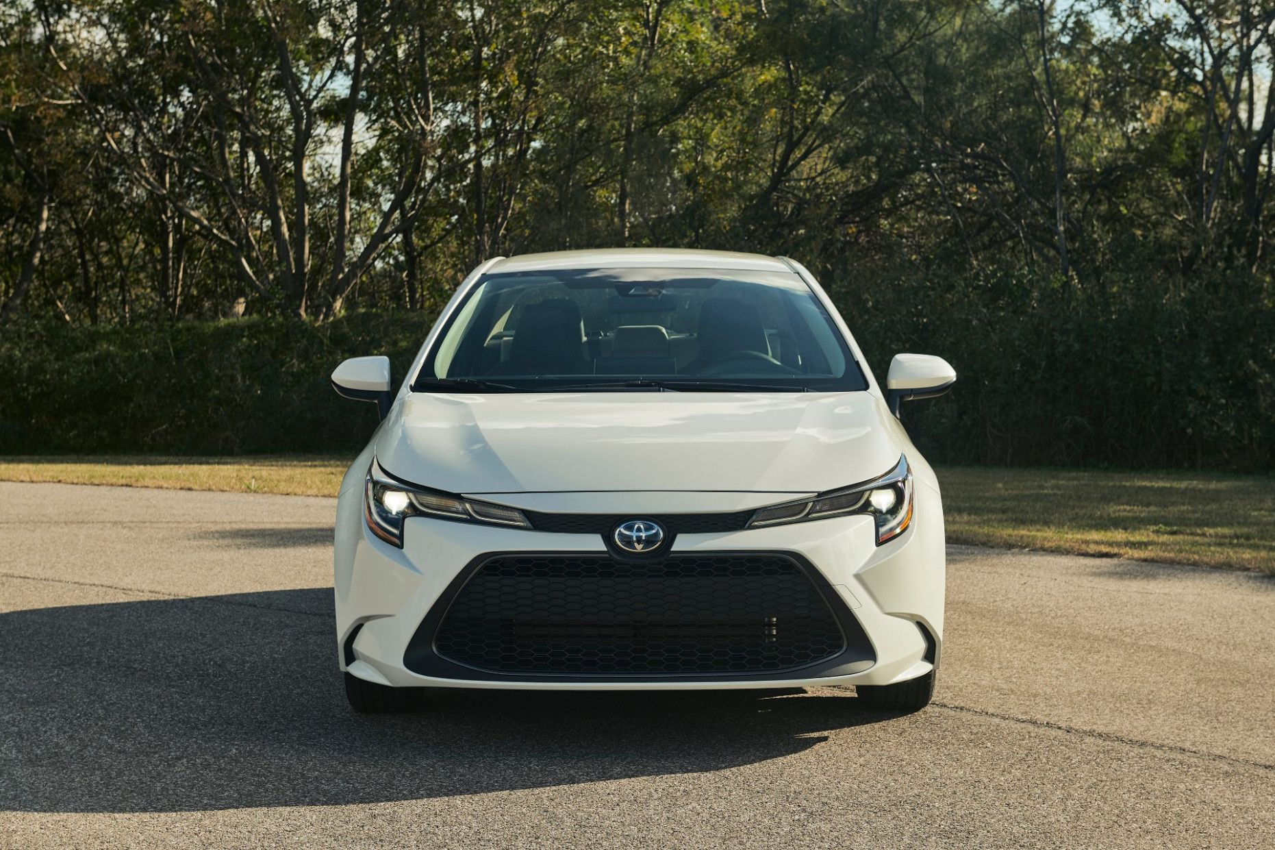2020 Toyota Corolla Mpg In 2020 Toyota Corolla Toyota Prius Best Hybrid Cars