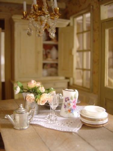 La salle à manger Dollhouse shabby chic Pinterest Miniature