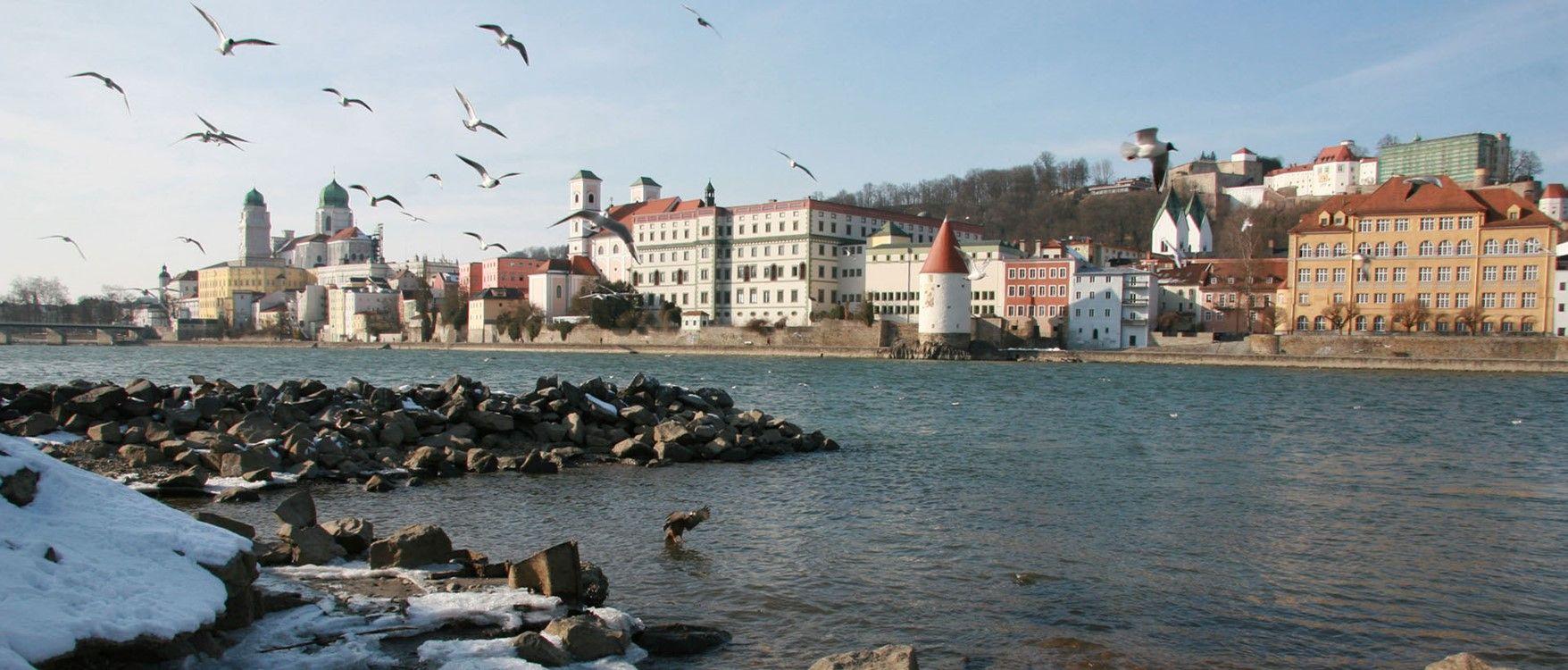 Passau die Dreiflüsse Stadt .... Die Innseite im Winter