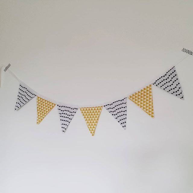 #szyjemy #garland #fabrics #materialy #sewing #diy #girlandy #dekoracje #wnetrza #pokojdziecka #ozdoby #decor #homedecor #decorations by anielisko