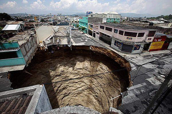 Guatemala City Sinkhole So Big So Round It Doesn T Seem Real Guatemala City Around The Worlds City